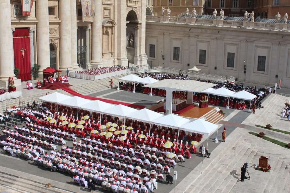 San Pietro e Paolo, gazebo e sedute autorità Mammut srl